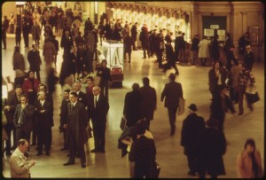 lossy-page1-800px-GRAND_CENTRAL_STATION_IN_NEW_YORK_CITY._AMTRAK_PASSENGERS_CATCH_TRAINS_TO_OTHER_POINTS_IN_THE_UNITED_STATES_FROM_THIS..._-_NARA_-_556674.tif