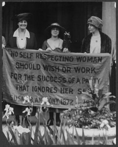 Suffragists,1920 Republican Convention, Nat'l Photo.